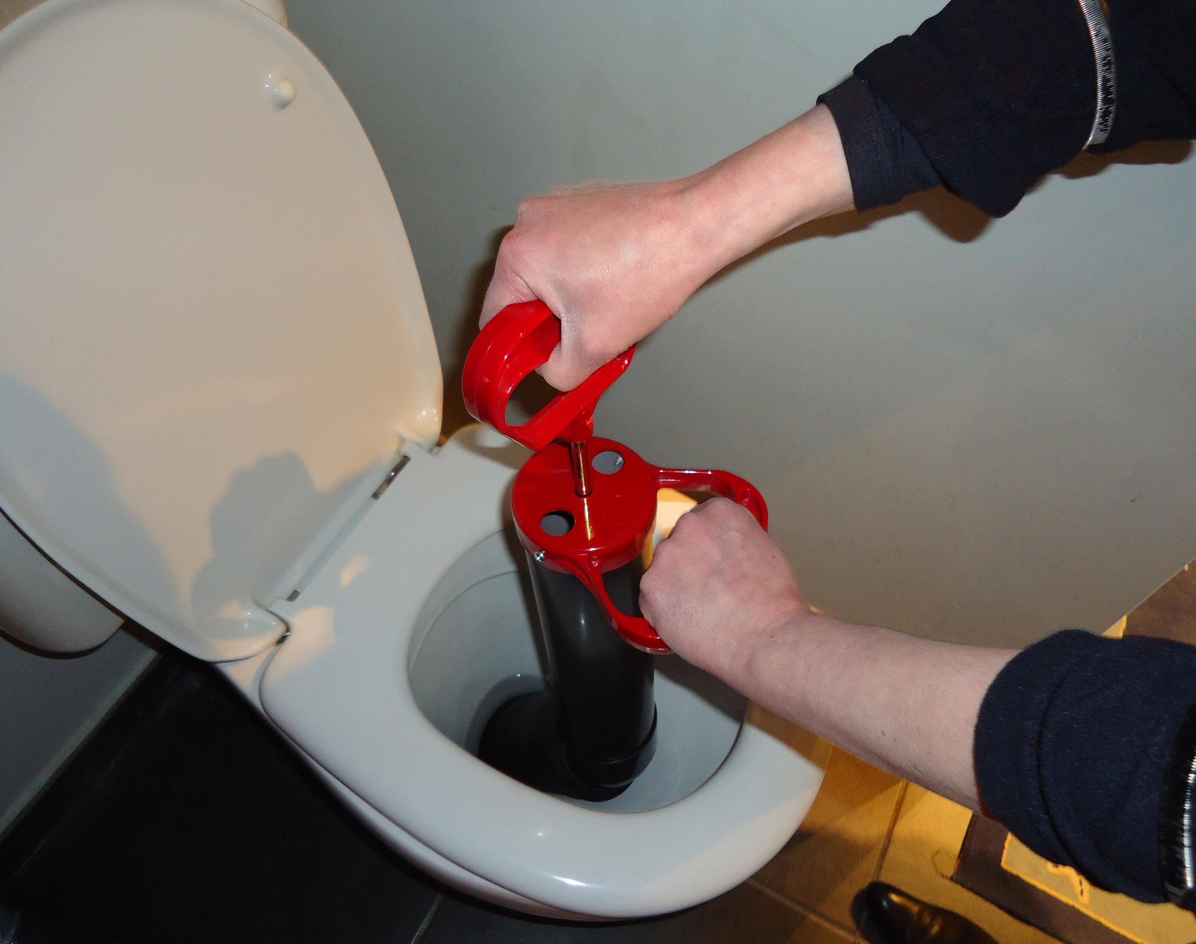 debouchage-toilette-entretien