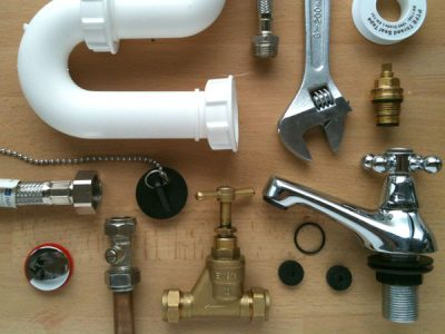 outils et accessoires de plomberie
