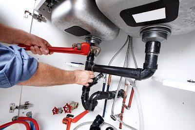 Remplacement tuyauterie par un plombier qualifié